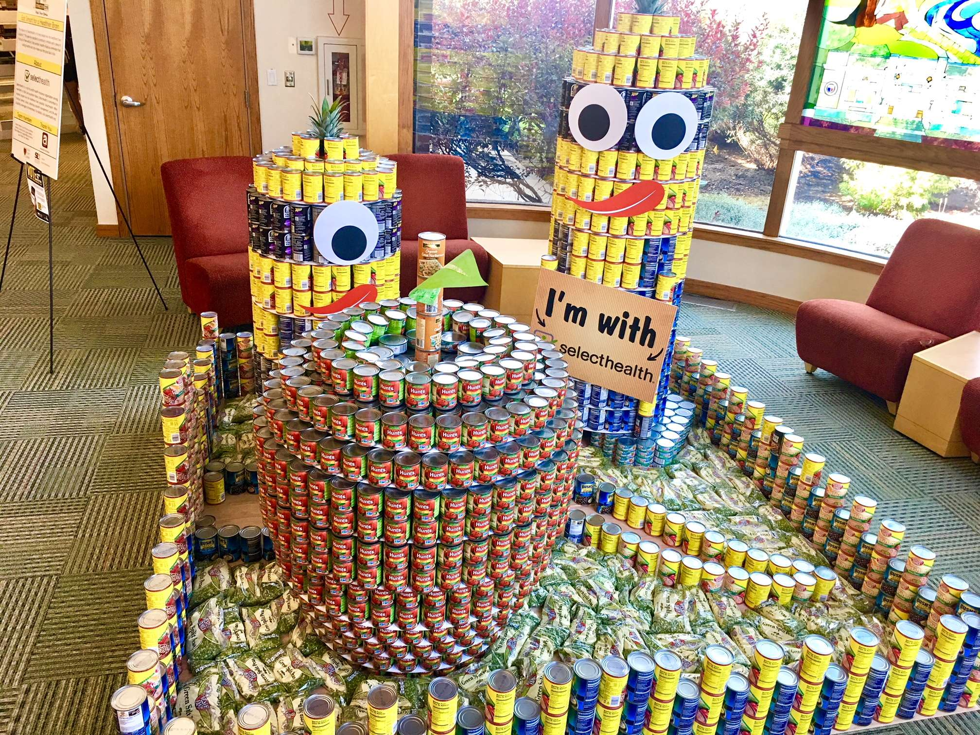 AFS and SelectHealth Bring Minions to Murray to Fight Food Insecurity
